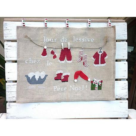 La Cigogne qui brode, grille Jour de lessive chez le Père Noël (CIG048)