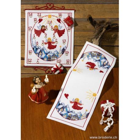 Permin, kit chemin de table anges (PE63-0671)