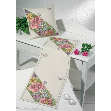 Permin, Kit facile chemin de table fleurs (PE68-4335)