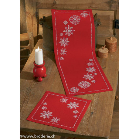 Permin, kit chemin de table Flocons de neige (PE63-4621)